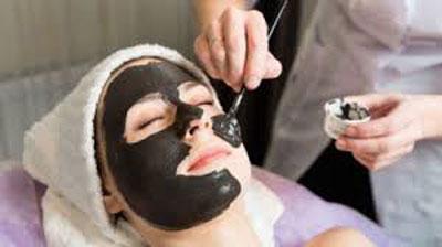 ماسک زغال برای پاک سازی پوست