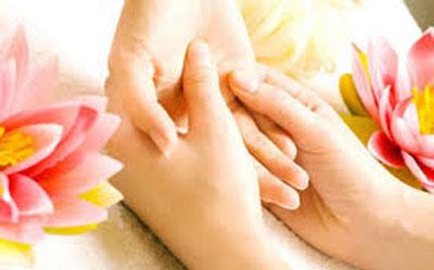 نرم و لطيف كردن پوست دست