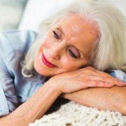 درمان علائم یائسگی در زنان