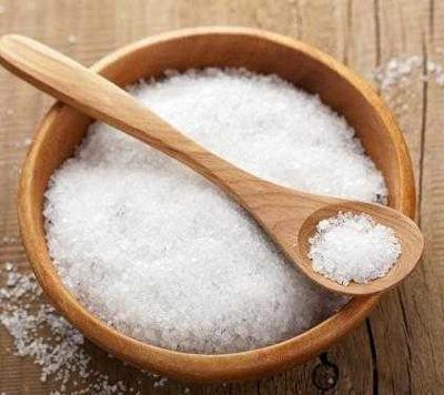مواد غذایی پر نمک
