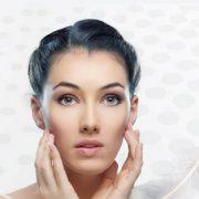 جوانسازی پوست صورت با تزریق ژل