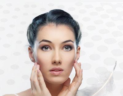 جوانسازي پوست صورت با تزريق ژل