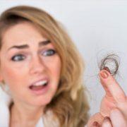 علل ریزش موی زنان